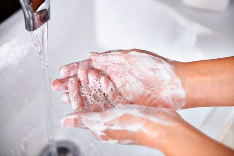 cuidados para manos secas